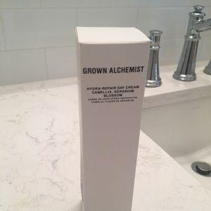 NIB Grown Alchemist Hydra repair day cream